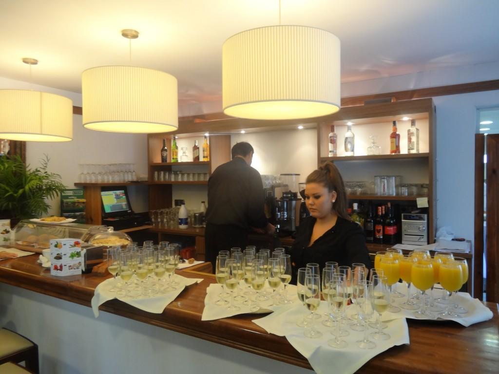 DSC08623 Barra del restaurant Muscat