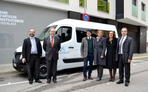 Nou vehicle de transport adaptat - Obra Social la Caixa