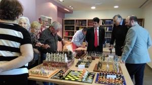 Sant Jordi 2015 - Exposició escacs al ViuB2